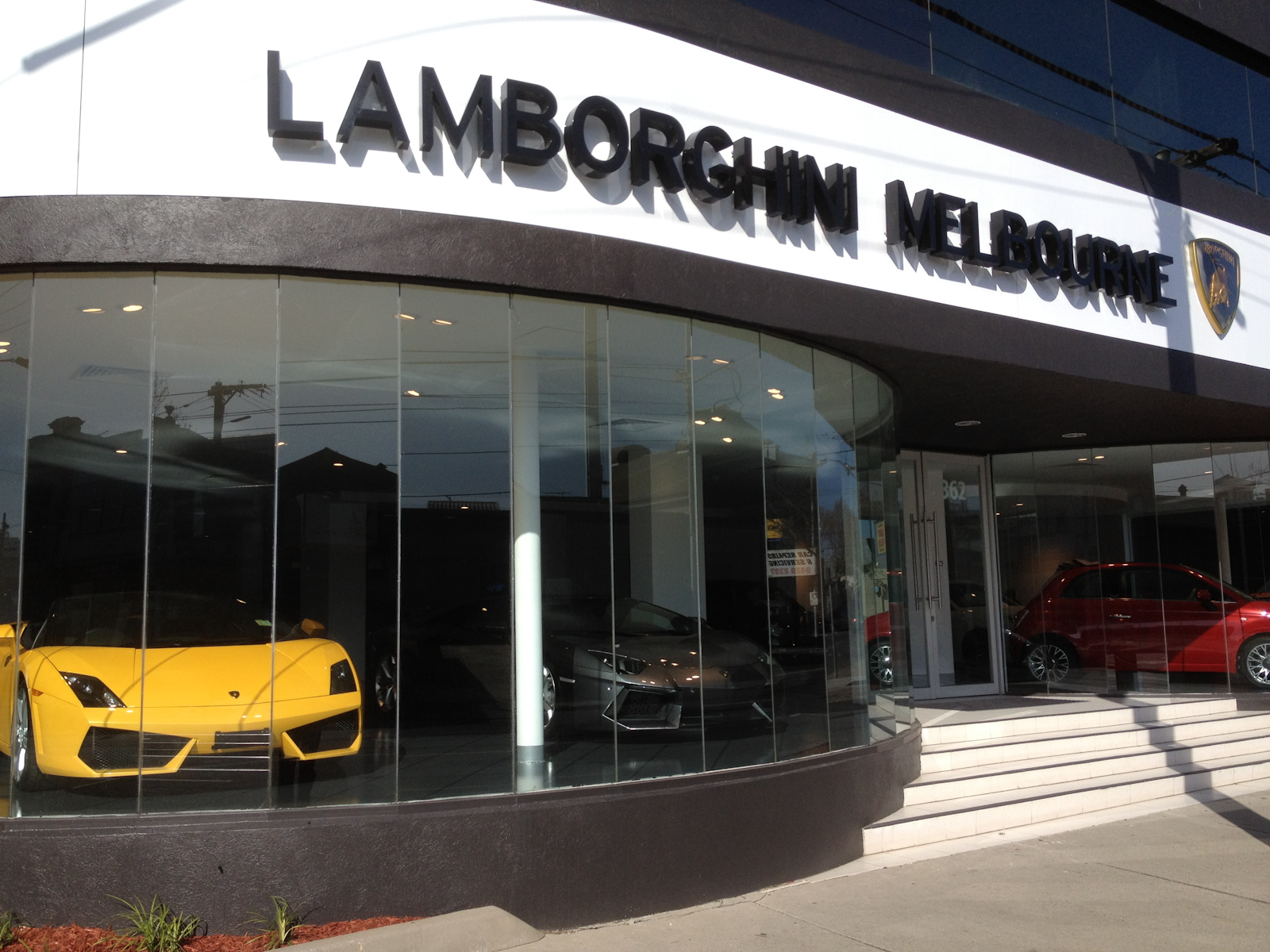 Lamborghini dealership melbourne